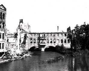 1944 nach der Zerstörung